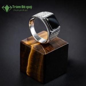 nhan-nam-mat-da-obsidian-sui-da-1