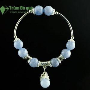 vong-tay-da-aquamarine-2A_10-mix-charm-meo-than-tai-treo-bac-999