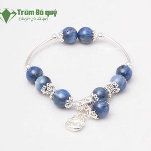 vong-tay-da-kyanite-1A_10-mix-charm-meo-than-tai-treo-bac-999
